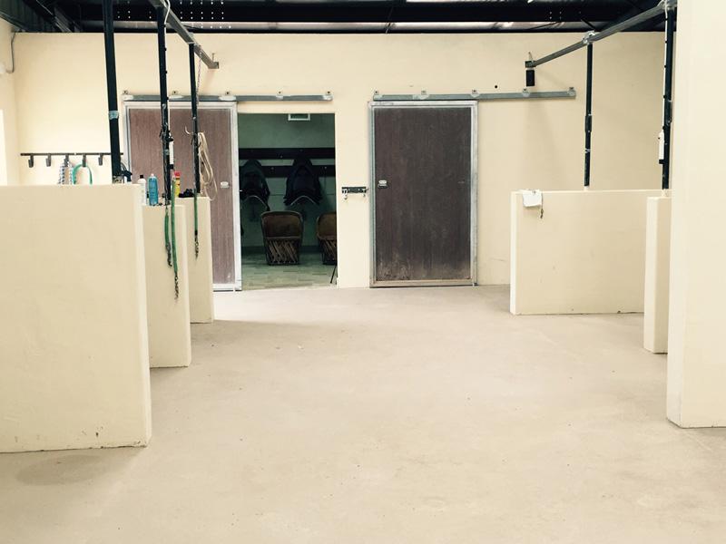 Santolina Farm Inc., - Grooming Stalls